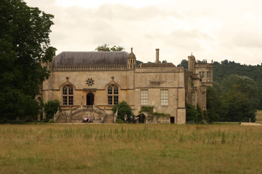 How To Get To Lacock Abbey Without A Car